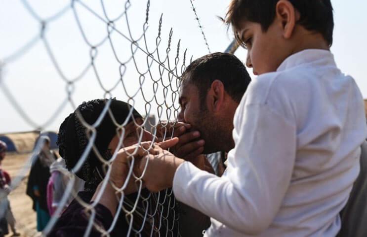 emotivas-fotografias-de-familias-reencontrandose-en-irak-3