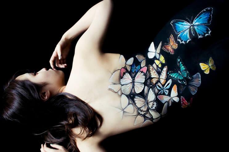 esta-artista-hace-con-su-cuerpo-escenas-que-salen-de-la-realidad-1