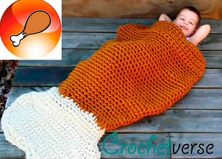 esta-madre-hace-los-mas-divertidos-disfraces-a-crochet-6