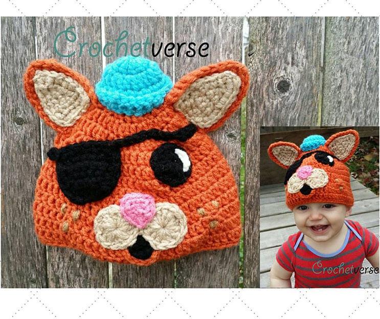 esta-madre-hace-los-mas-divertidos-disfraces-a-crochet-8