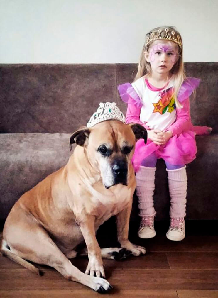 esta-nina-se-despide-de-su-mejor-amigo-perro-en-estas-emotivas-fotos-tomadas-por-su-padre-6