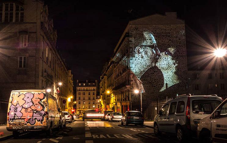 estas-proyecciones-llenaron-de-afecto-las-calles-de-paris-13