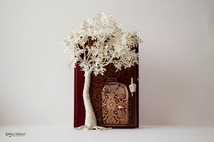 lo-que-esta-artista-hace-con-estos-libros-es-algo-espectacular-10