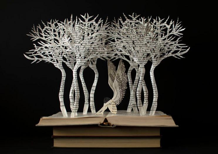 lo-que-esta-artista-hace-con-estos-libros-es-algo-espectacular-12