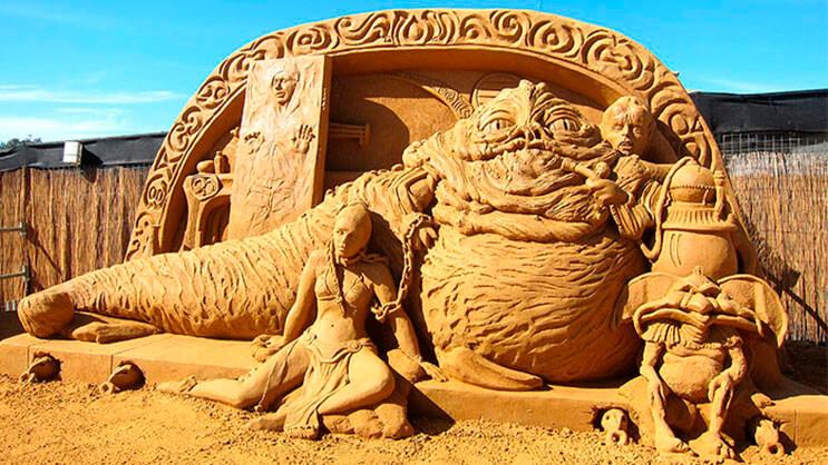 lo-que-hace-este-escultor-con-la-arena-le-da-un-nuevo-significado-al-dia-de-playa-18