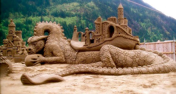 lo-que-hace-este-escultor-con-la-arena-le-da-un-nuevo-significado-al-dia-de-playa-8