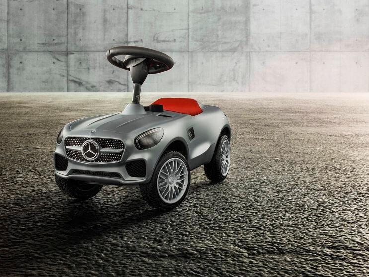 mercedes-benz-presenta-un-vehiculo-de-106-gt-gris