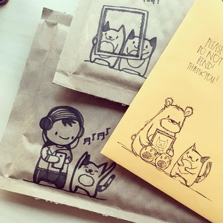 mira-como-esta-artista-crea-los-mas-divertidos-doodles-en-sobres-de-correo-1