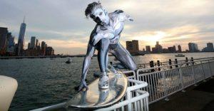 Silver Surfer sorprendió en calles de Nueva York