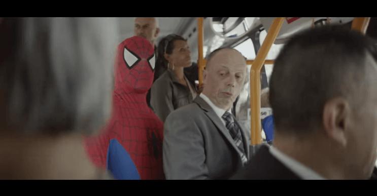 Spider-Man se convierte en el nuevo héroe de Philips en este conmovedor spot