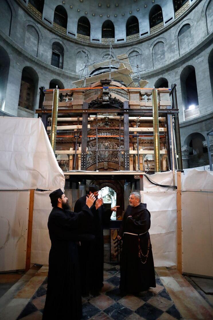 tras-estar-por-5-siglos-cerrada-la-tumba-de-cristo-ha-sido-reabierta-jesus