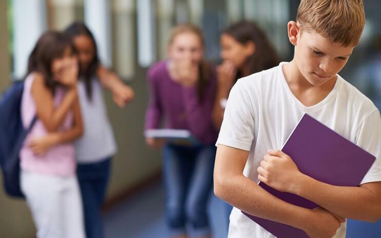 un-metodo-que-esta-acabando-con-el-bullying-en-los-colegios-morado