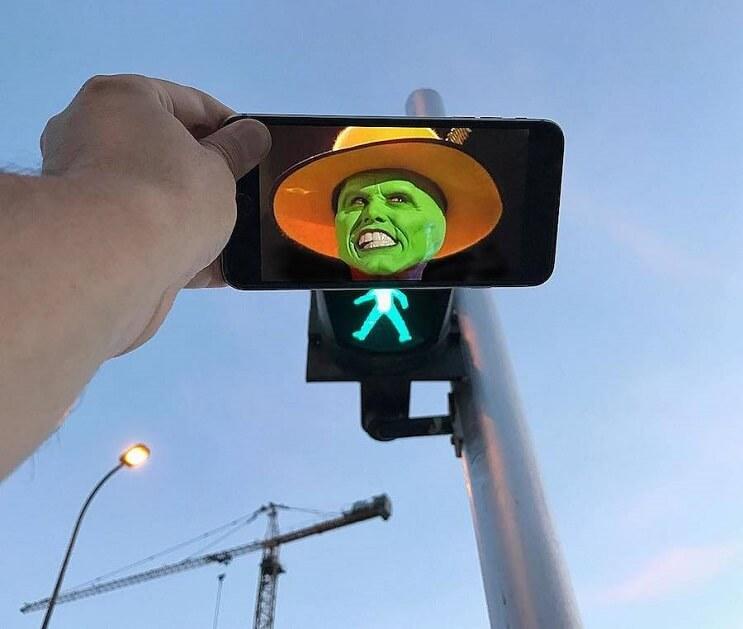 divertidas-escenas-creadas-utilizando-un-smartphone-the-mask