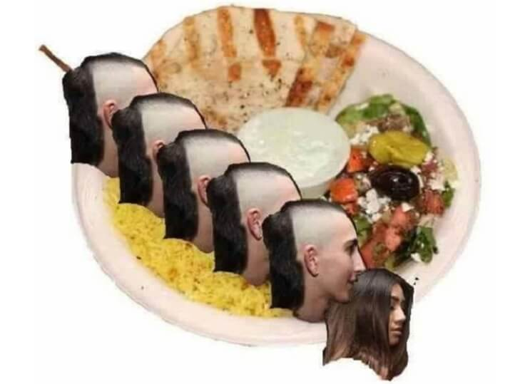 este-chico-es-la-nueva-victima-de-las-batallas-de-photoshop-y-a-sus-fanaticos-ha-demandado-sushi