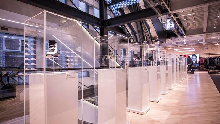 la-nueva-tienda-interactiva-de-nike-nos-muestra-que-estos-espacios-son-mucho-mas-que-pura-venta-1
