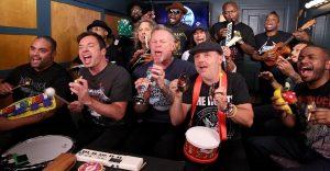 Metallica y Jimmy Fallon interpretan Enter Sandman con instrumentos de juguete