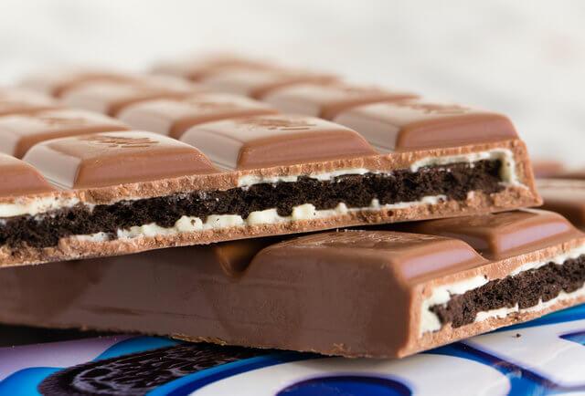 oreo-y-milka-presentan-una-nueva-barra-de-chocolate-y-el-publico-de-internet-enloquece-relleno-grande