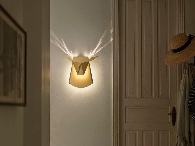 originales-lamparas-que-cuando-son-encendidas-muestran-inusuales-disenos-1