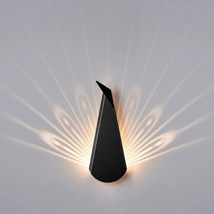 originales-lamparas-que-cuando-son-encendidas-muestran-inusuales-disenos-4