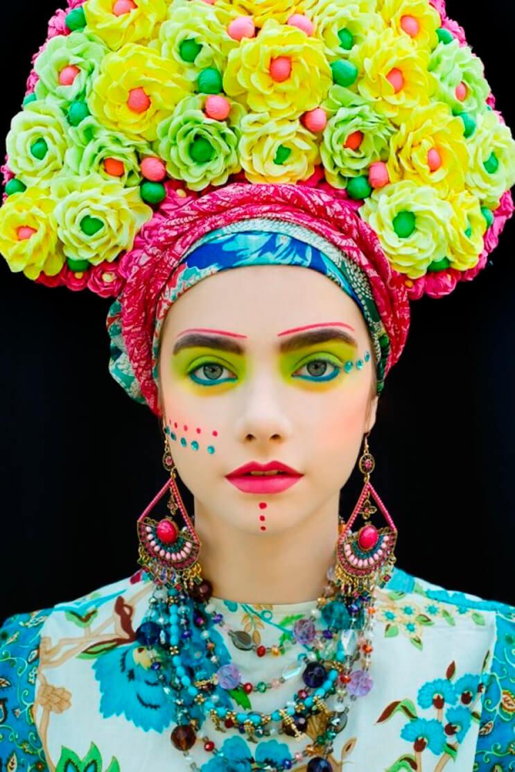 La fotógrafa Ula Kóska realiza un hermoso homenaje a su cultura con esta vibrante sesión de fotos