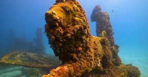 Una asombrosa ciudad en el fondo del mar para los difuntos