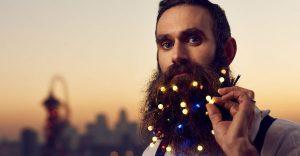 Barbas convertidas en árboles de navidad