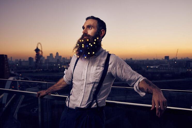 barbas-convertidas-en-arboles-de-navidad-estilo
