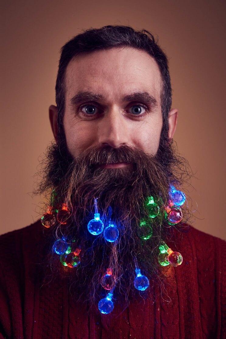 barbas-convertidas-en-arboles-de-navidad-sueter