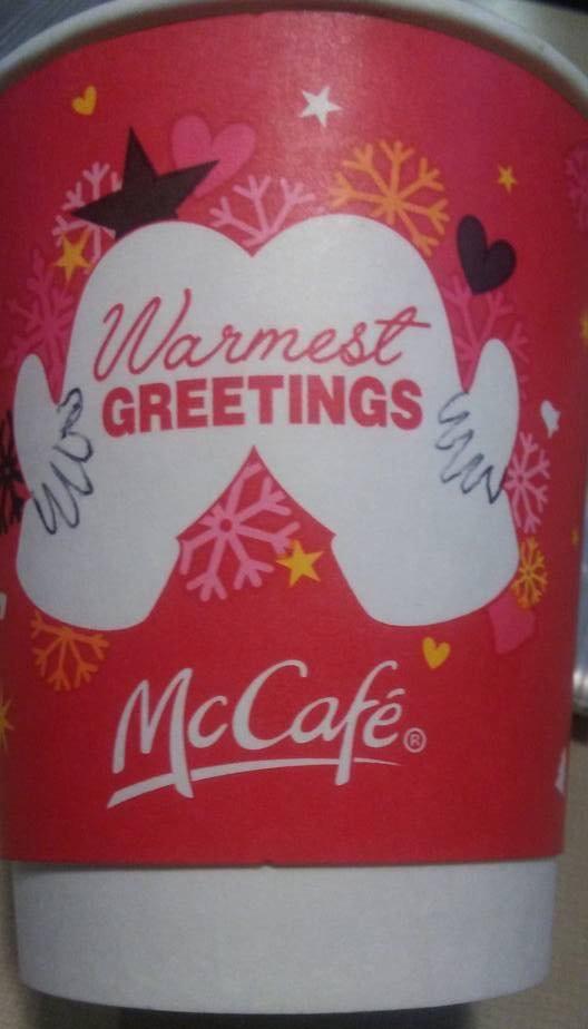 el-nuevo-vaso-navideno-de-mcdonalds-muestra-un-lado-que-nunca-vimos-de-ellos-meme