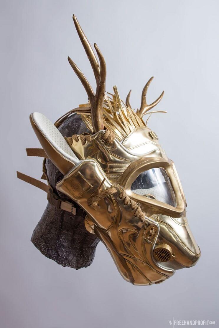 este-artista-convierte-tus-zapatillas-viejas-en-alucinantes-mascaras-alce