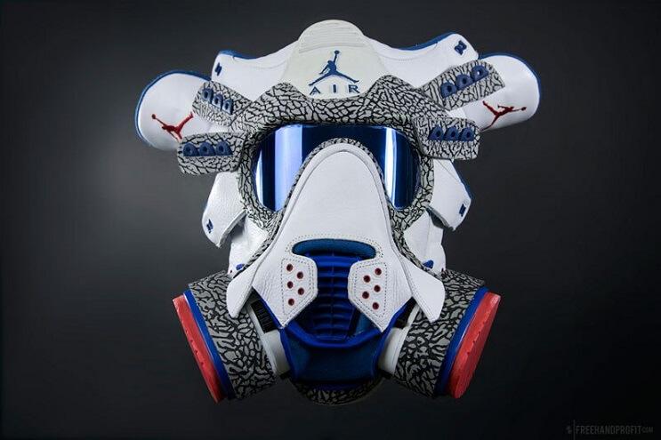 este-artista-convierte-tus-zapatillas-viejas-en-alucinantes-mascaras-lacrimogena