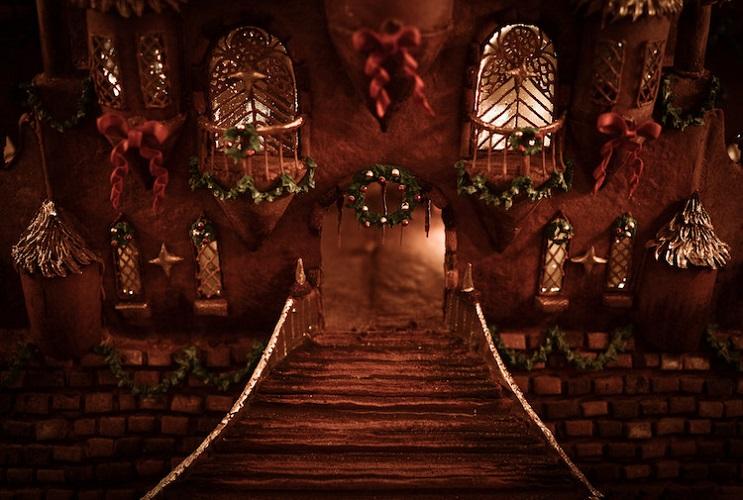 este-castillo-de-jengibre-esculpido-es-la-mas-alucinante-de-esta-navidad-entrada