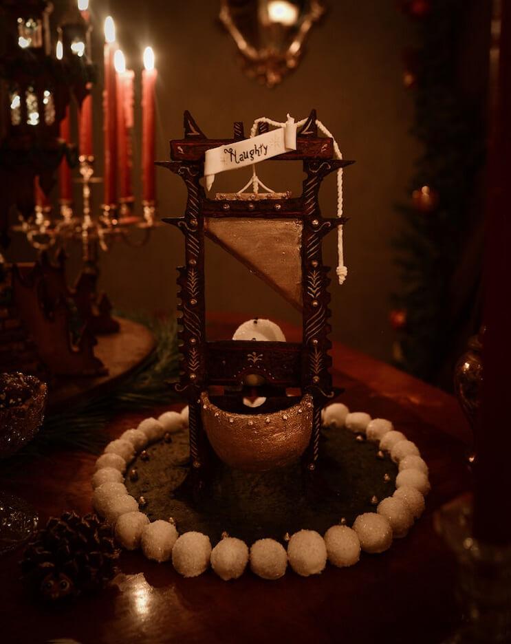 este-castillo-de-jengibre-esculpido-es-la-mas-alucinante-de-esta-navidad-guillotina