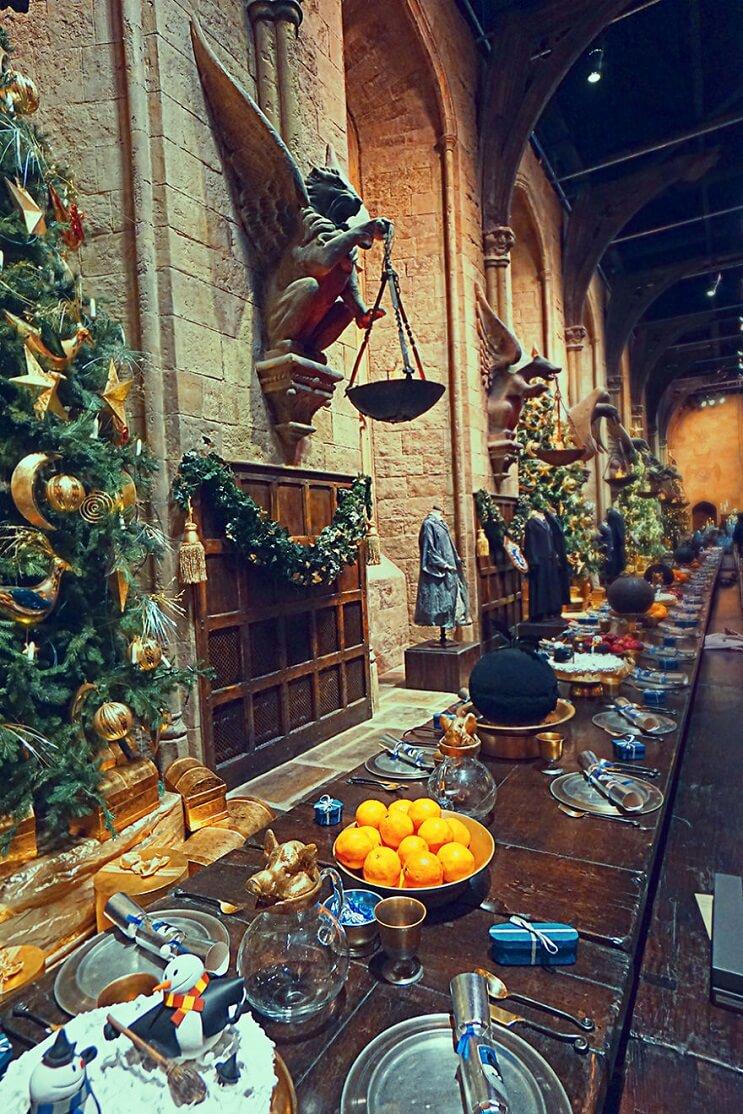 la-experiencia-de-tomar-desayuno-en-hogwarts-04-adornos