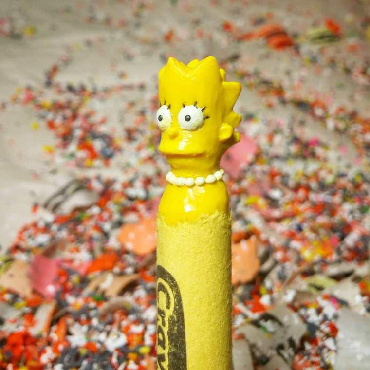 lo-que-este-artista-hace-con-las-crayolas-es-algo-increible-lisa-simpson