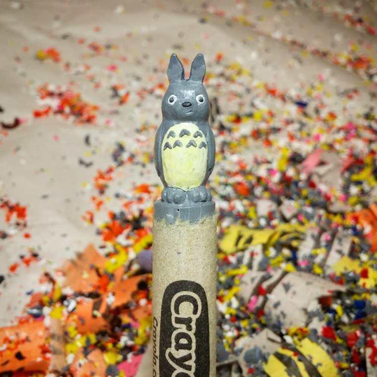 lo-que-este-artista-hace-con-las-crayolas-es-algo-increible-totoro