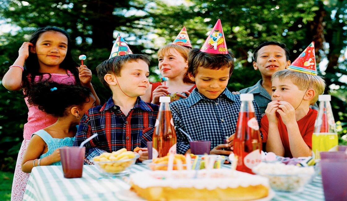 Escoge un buen fondo y empieza con las ideas de fotos para cumpleaños