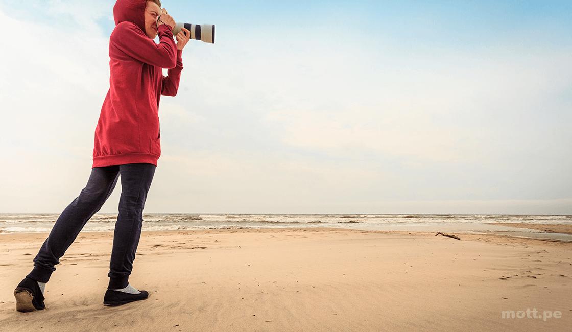 Toma diez fotos estáticas como práctica, sin mover los pies