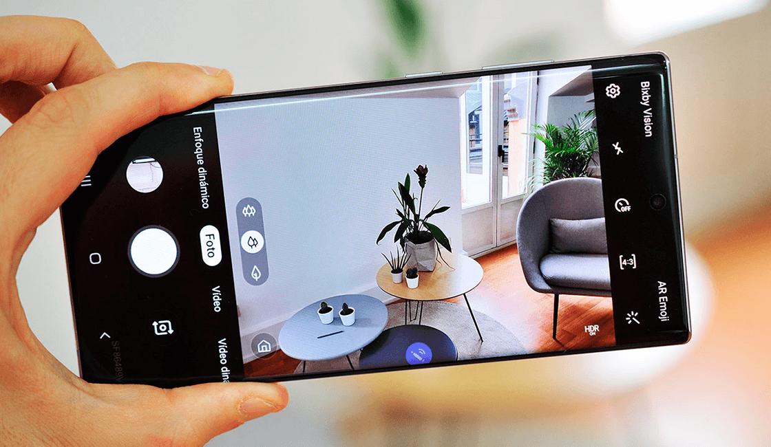 Samsung-Galaxy-Note-10-Plus-es-uno-de-los-celulares-con-buena-cámara-en-el-2019.png
