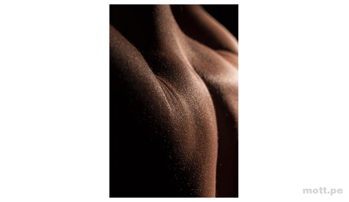 Pintar-con-luz-para-enfatizar-las-formas-en-las-fotos-abstractas