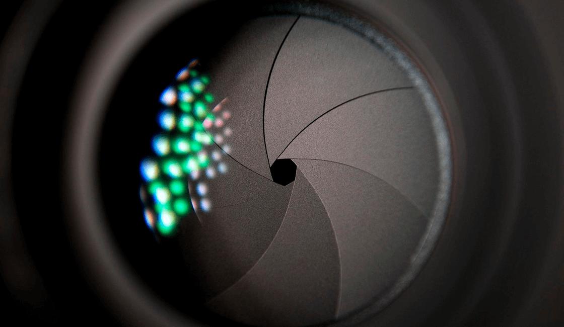 Apertura-máxima-de-la-lente-para-la-fotografía-de-cuerpo-entero