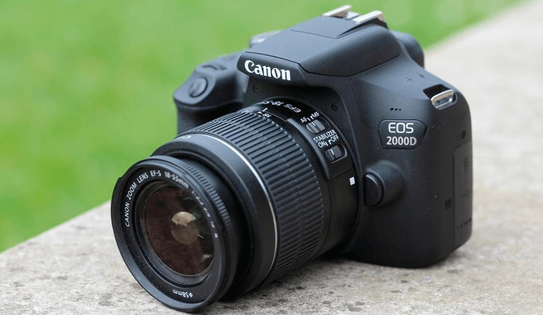 Cámara-profesional-Canon-para-principiantes-en-modelo-EOS-Rebel-T7-Canon-EOS-2000D