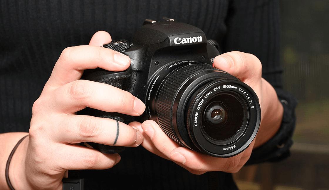 Canon-EOS-Rebel-T7i-Canon-EOS-800D-es-una-de-las-mejores-cámaras-profesionales-para-principiantes