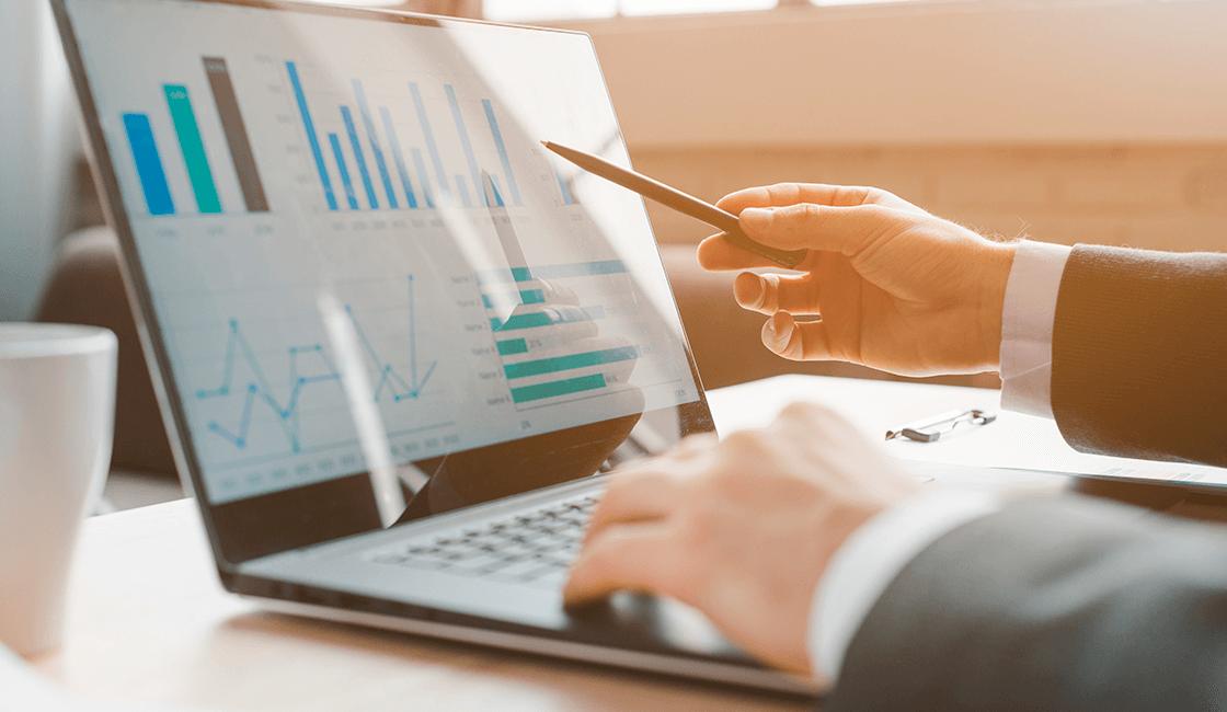 Hacer-una-estrategia-de-Marketing-digital-con-Google-Analytics-es-fundamental