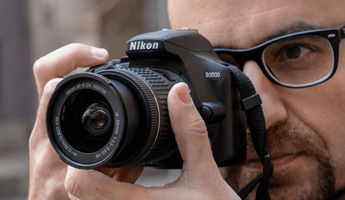 Nikon-D3500-es-una-cámara-de-fotos-profesional-para-principiantes