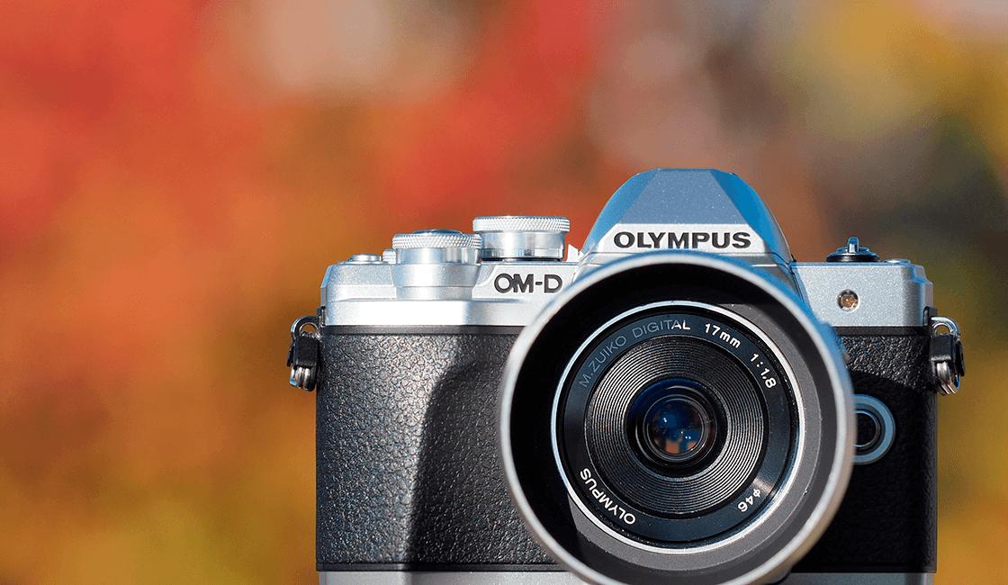 Olympus-OM-D-EM-10-Mk-iii-es-una-de-las-mejores-cámaras-fotográficas-para-viajes