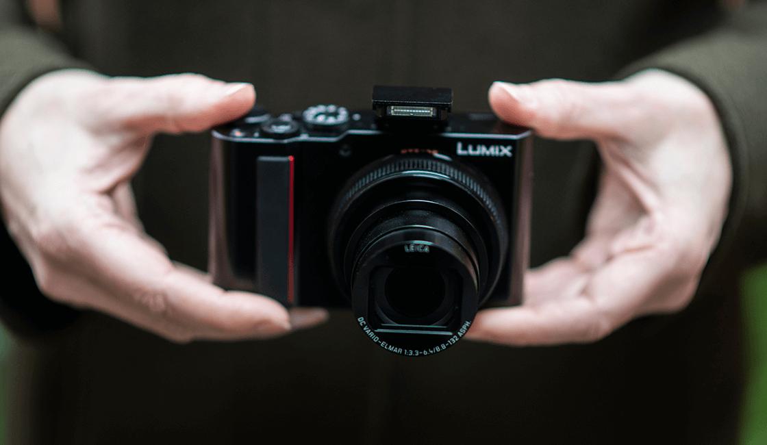 Panasonic-Lumix-TZ-ZS-200-es-la-mejor-cámara-para-viajes