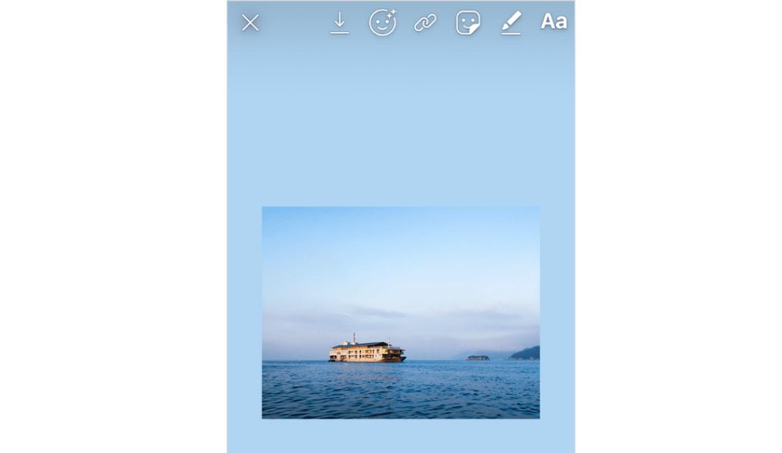 En-las-historias-de-Instagram-uno-de-los-trucos-es-que-copie-una-foto-del-rollo-de-su-cámara-