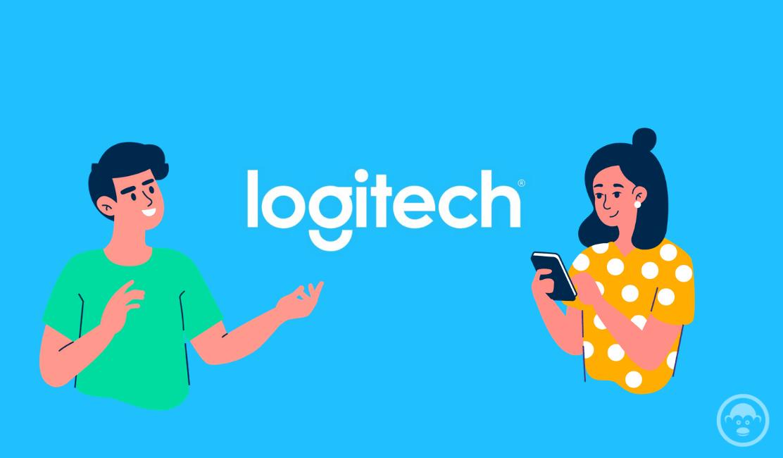 hombre y mujer con Logo de Logitech